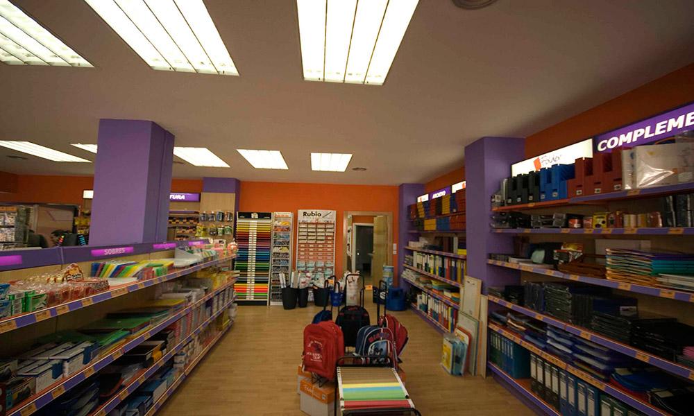 Reforma de locales en Murcia - Librería Folder 03